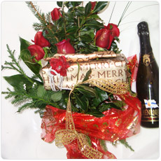 Post image for Ramo de Rosas com chocolates e garrafa de Champanhe